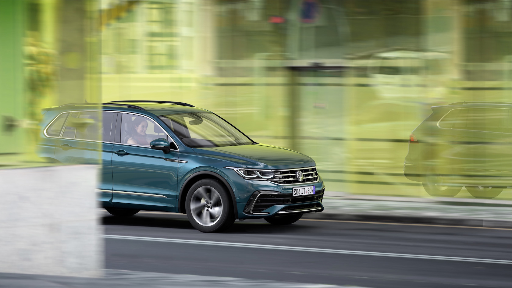 2021 Volkswagen Tiguan Brushes Up Bestseller With New Style