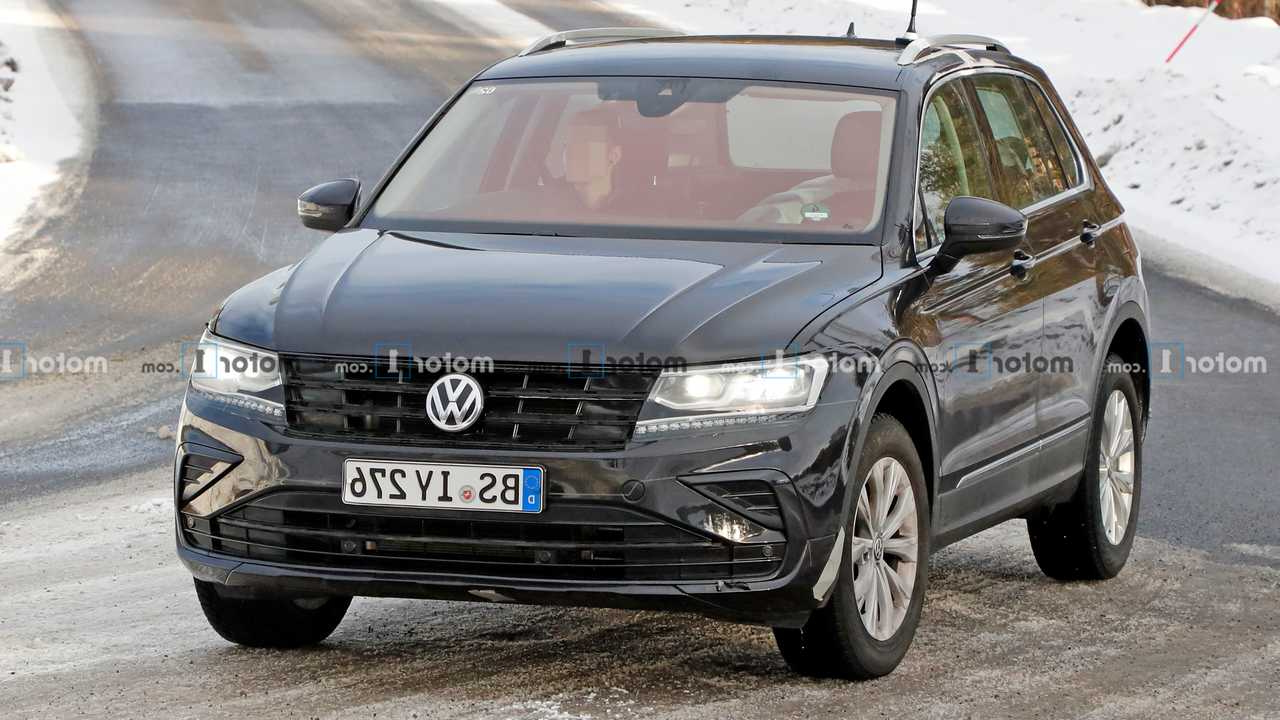 2021 Vw Tiguan Gte Plug-In Hybrid Spied Hiding Facelift