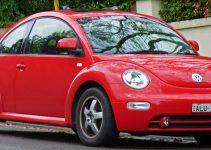 File 2002 Volkswagen New Beetle 9C MY02 5 1 8 T Coupe