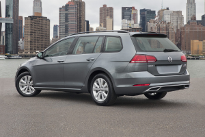 New 2019 Volkswagen Golf SportWagen Price Photos